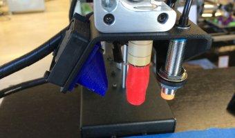 Το αποκλειστικό hotend της Printbot και ο sensor